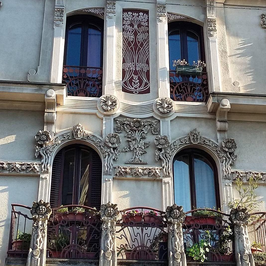 art nouveau facade turin