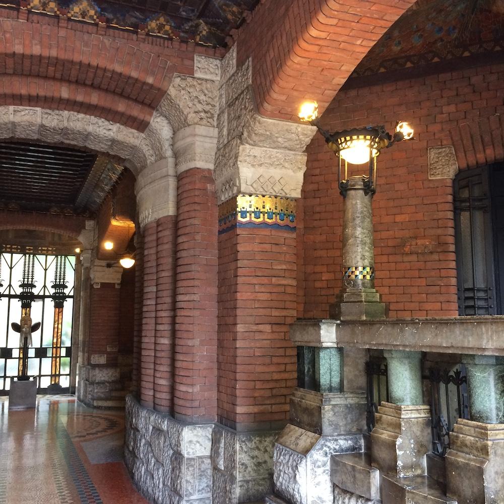 hall art nouveau tour in Milan