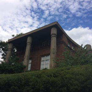 Villa Bílek columns