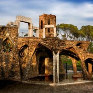 cripta colònia guell