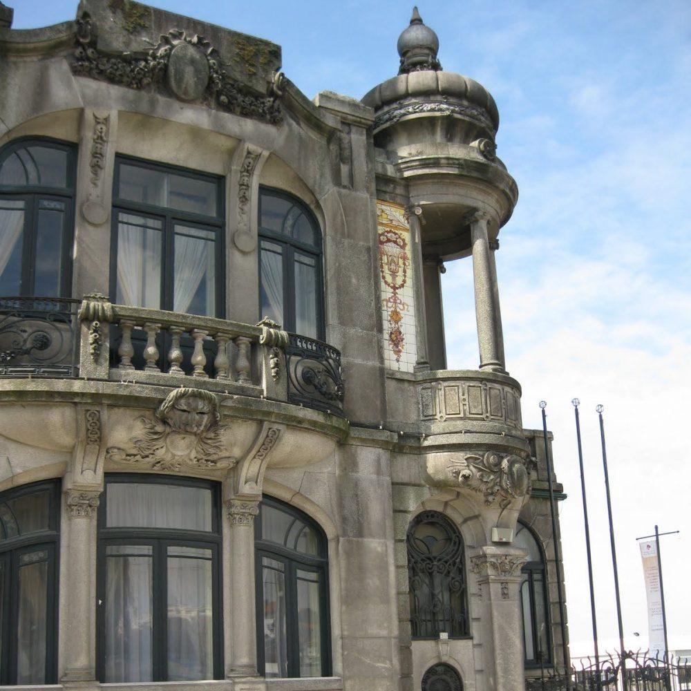 Porto Art Nouveau facade