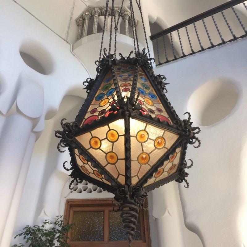 Gaudí Bellesguard lamp