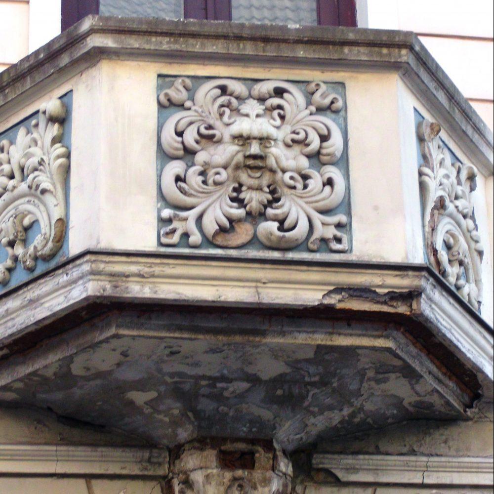 Private Tour Riga Latvia - Paul Mandelstamm - balcony